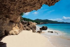 c www.curacao.com Beach3