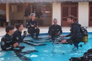 duikvakantie zanzibar duikers zwembad vakantieduiker