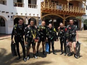 Duikvakantie Egypte Dahab Vakantieduiker groep duikers