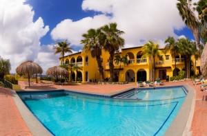 Duikvakantie Bonaire Buddy dive resort zwembad vakantieduiker